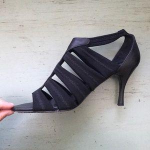 Donald J. Pliner Shoes - Black Comfy Heels